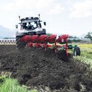 traktor orba agrosluzby