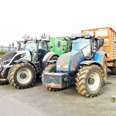 traktory agrotech polnohospodarske sluzby